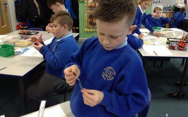 Class 4 investigate the strength of magnets.